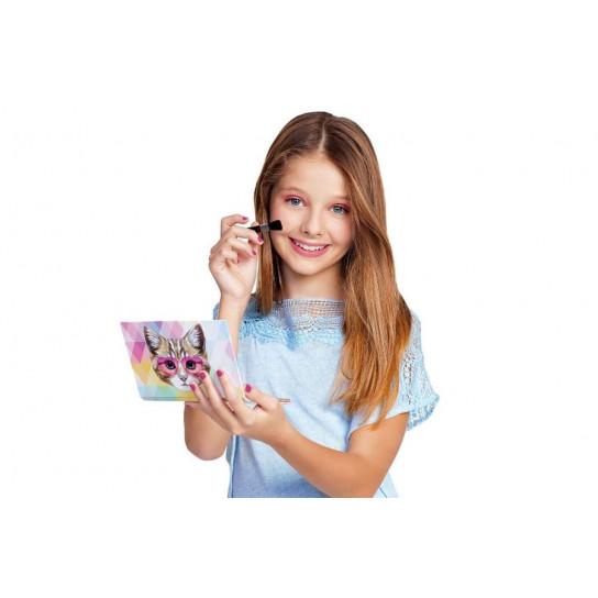 Make it Real:Набор для макияжа «Маленькая красавица»