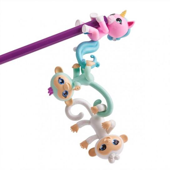 Набор из трех коллекционных мини-обезьянок в ассортименте