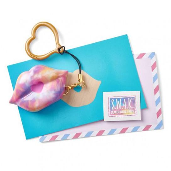 S.W.A.K. Интерактивная игрушка-брелок «Волшебный поцелуй: Взрыв цвета»